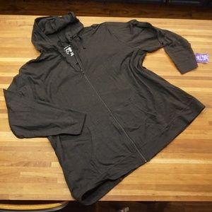 Black light weight hoodie